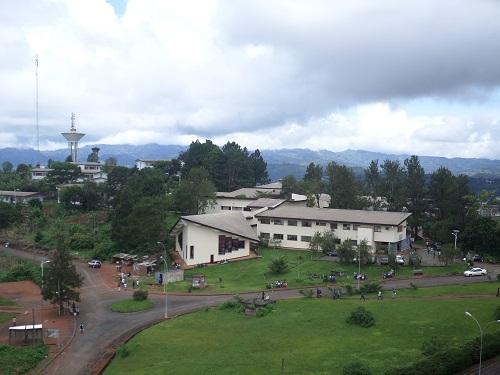 Bâtiments de l'Université de Dschang. Photo: tic4science